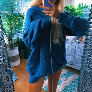 chunky fisherman's knit oversized blue sweater